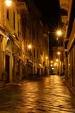 Night-Street - 78386278