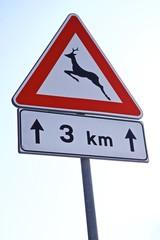 Cartello stradale pericolo animali