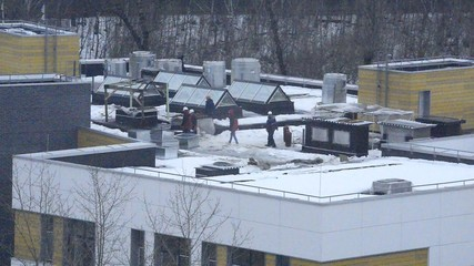 construction engineers on roof