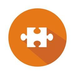 Icono rompecabezas naranja botón sombra