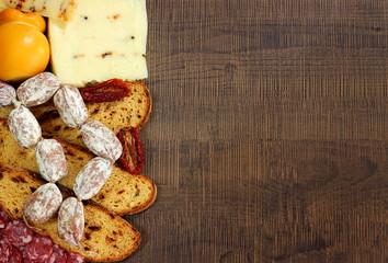 Pane,salumi e formaggi