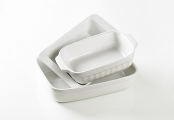 Rectangular porcelain dishes