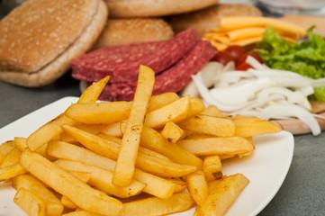 hamburger et frites