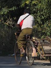Transporte urbano en Mandalay (Myanmar)