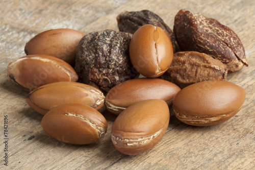 Foto op Canvas Marokko Argan nuts