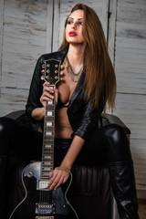 Wild Rock-Girl