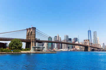 Brooklyn Bridge and Manhattan skyline New York