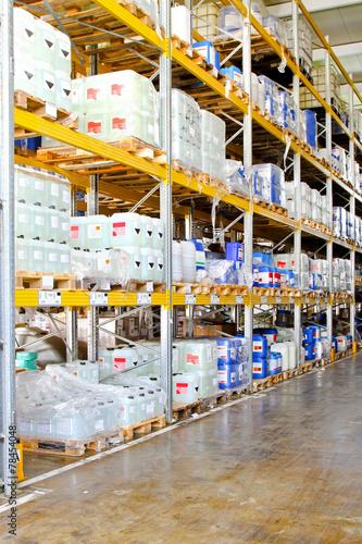 Poster Industrial geb. Chemical storage rack