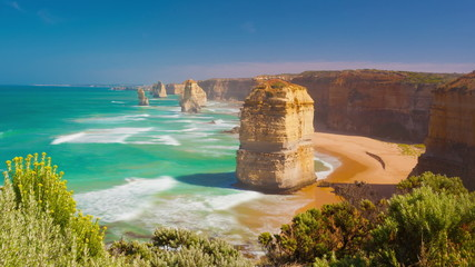Timelapse video of Twelve Apostles in Australia
