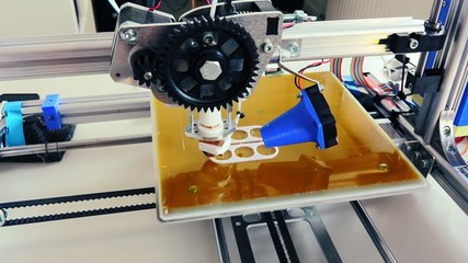 print prototype on 3D printer
