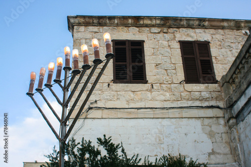 Fotobehang Midden Oosten Menorah for Chanukah in Jerusalem
