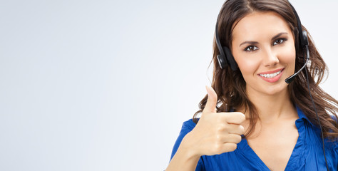 Support phone operator showing thumbs up gesture