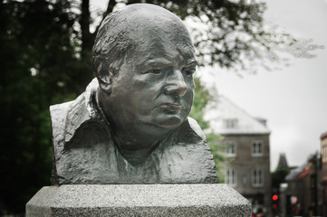 Winston Churchill bronze sculpture