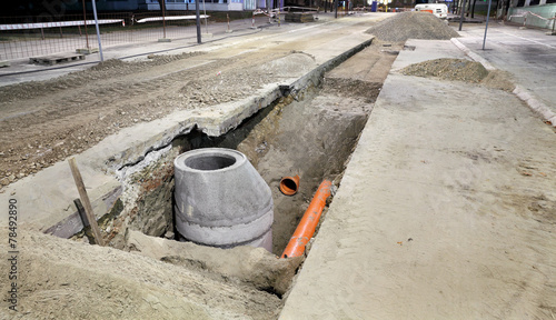 Hydro construction work, reconstruction of sewerage, night photo - 78492890