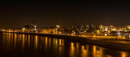 Magdeburg Nacht 03542