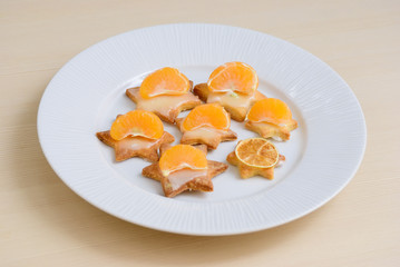 Shortbread cookies with tangerines