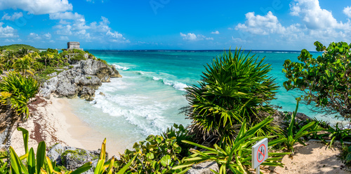 Fotobehang Mexico Huge Panorama of Tulum caribbean paradise and Mayan Ruins. Trave