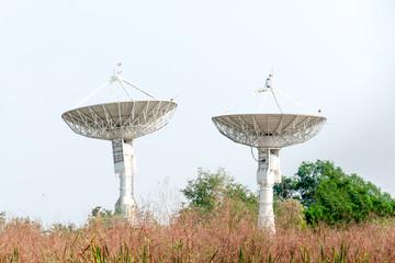 Dish satellite receiver