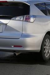 修理後の自動車