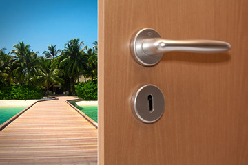 Offene Tür ©yvonneweis