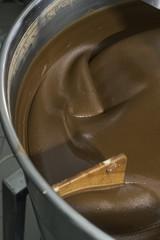Machine for mixing chocolate