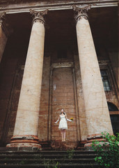 bride with bouquet in hand levitates