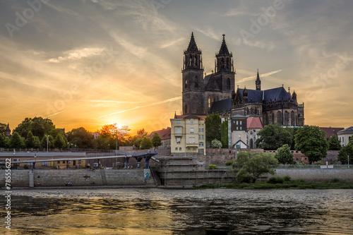 In de dag Begraafplaats Magdeburg Dom