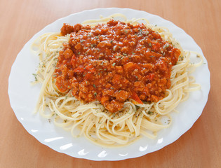 Delicious spaghetti with meat and tomato