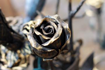 Бронзовая роза, сувенир