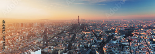 Fotobehang Europese Plekken Panorama of Paris at sunset