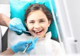Dziecko u dentysty, przegląd dentystyczny - 78586809