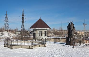 Скульптура святых Петра и Февронии Муромских. Нижний Тагил