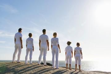 Multi generation family, the horizon