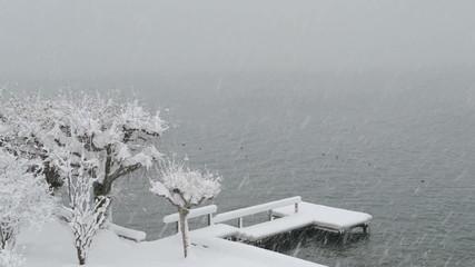 Pontoon under the snow