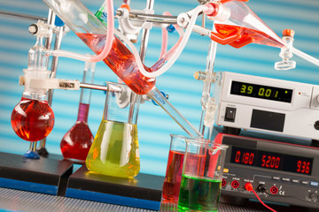 Modern chemical laboratory. Installation for synthesis