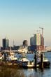 canvas print picture - Blick auf Elbe mit mit Barkassen im Winter
