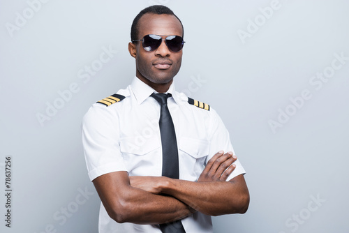 Confident and experienced pilot. - 78637256