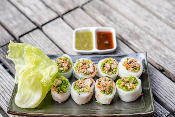 thai style spicy sushi roll
