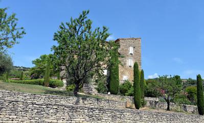 Traditionelles Naturstein Landhaus im Vaucluse bei Gordes