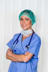 Freundliche OP Ärztin