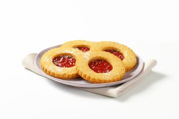 Round Linzer cookies