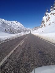 karlı dağlarda yolculuk