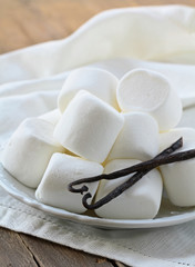 white vanilla marshmallow on a plate on the table