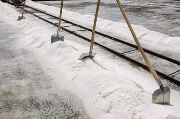Sea salt manual harvest