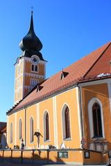 Die Stadtpfarrkirche von Schladming in der Steiermark