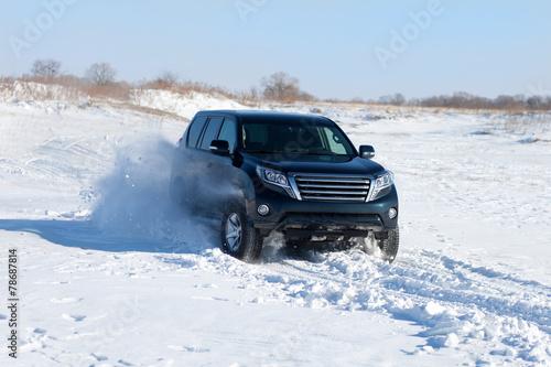 Winter SUV ride - 78687814