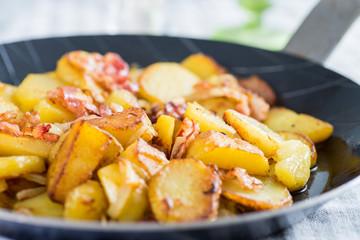 Bratkartoffeln in Eisenpfanne 2
