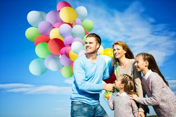 Familie in der Natur Himmel