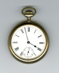 pocket watch (or pocketwatch)