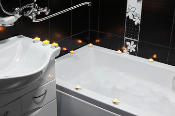 Bathroom, candles